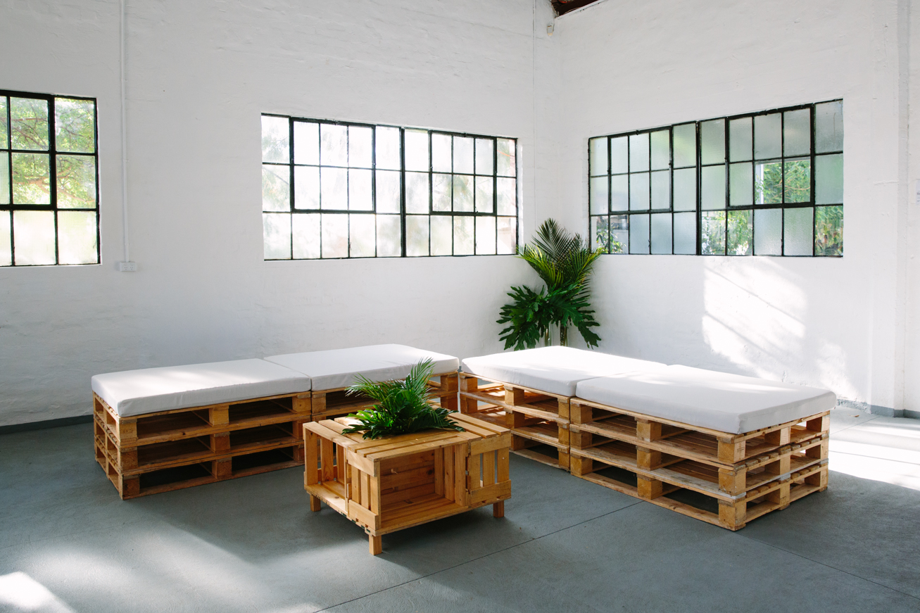Pallet Lounge State Of Art